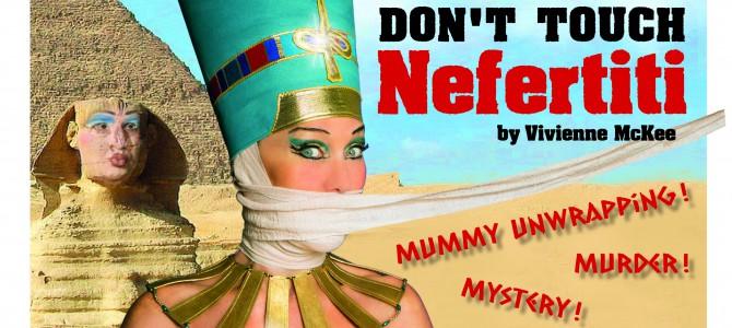 Gylden jul i Ægypten med Crazy Christmas Cabaret.