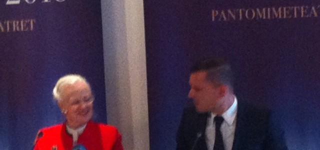 Dronningen og Oh land i nyt samarbejde på Pantomimeteatret.