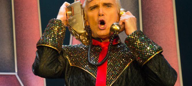 Crazy Christmas Cabaret i 35 år. Tivolis Glassalen.