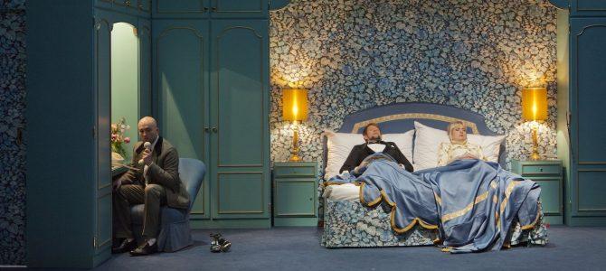 King Size – Christoph Marthalers Lied-aften på Det Kongelige Teater.