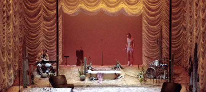 Kat på et varmt bliktag. Betty Nansen Teatret.