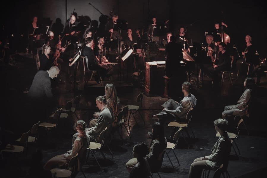 Light – Bach dances på Operaen, Det Kongelige Teater.